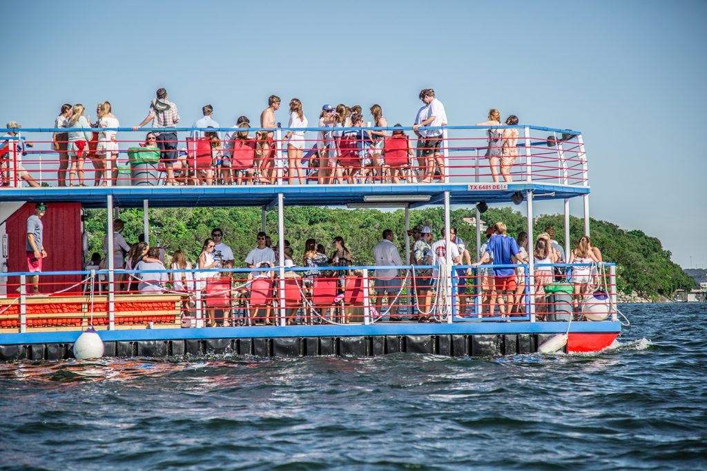 Fun Things To Do On a Party Barge